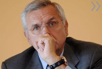 Экс-главу МИД Латвии назвали пророссийской проституткой