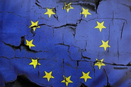 Юнкер предложил Европе починить крышу