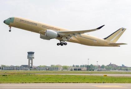 Ответ рекорду Boeing: сверхдальний Airbus A350 XWB совершил первый полёт