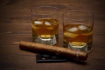 Россия обойдётся без западного алкоголя и табака