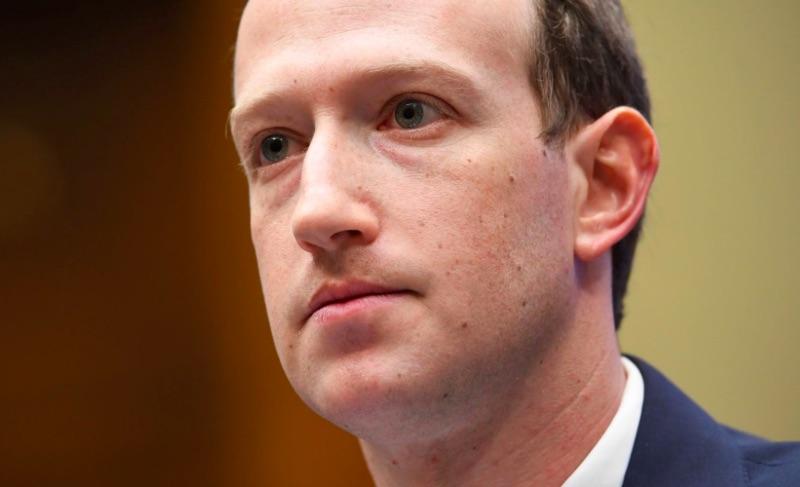 Худший день для Facebook