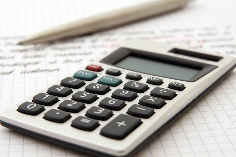 Консолидированный бюджет РФ в январе-сентябре исполнен с профицитом в 3,4 трлн рублей