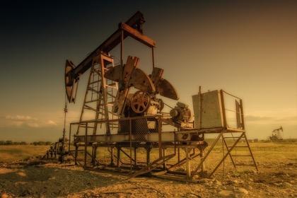 Нефть марки Brent поднималась выше $65 за баррель