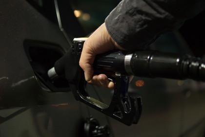 Цены производителей на бензин в сентябре выросли на 10%