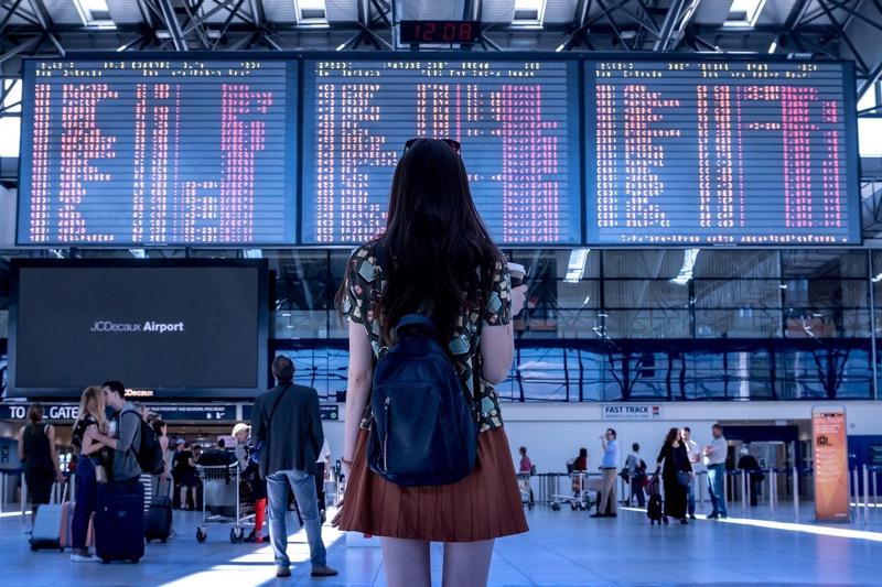 Авиапассажиры смогут проходить на досмотр и в самолет по смартфонам