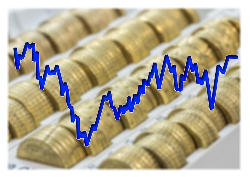 Российские фондовые индексы упали из-за событий в Азовском море