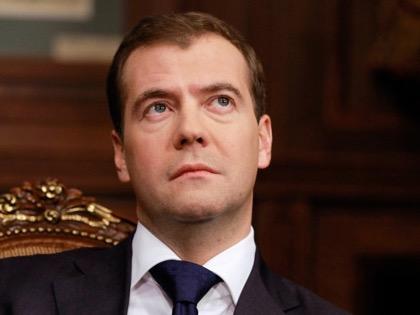Медведев видит спасение жилищного нацпроекта в ипотечных облигациях