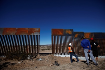 Трамп вводит режим ЧП ради получения ещё $4,3 млрд на строительство стены