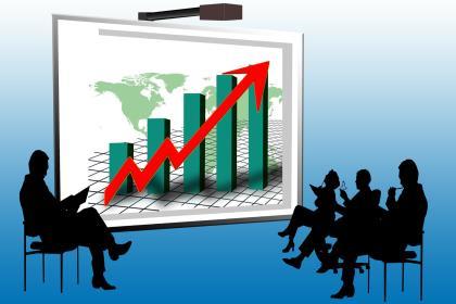 Рост выпуска по базовым видам деятельности в России ускорился до 2,1%