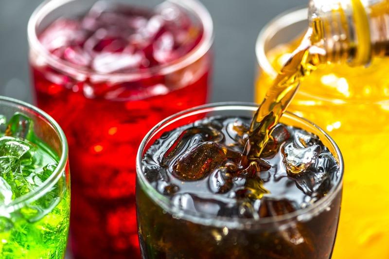 Минфин предложил увеличить НДС на подслащенные напитки в два раза