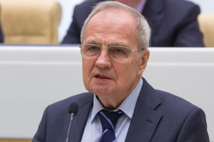 Что такое «прекариат», который встревожил председателя КС РФ?