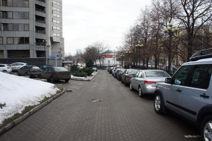 Москвичи назвали парковки и штрафы ГИБДД главными проблемами города