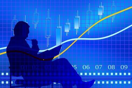 Рубль подешевел на фоне нового витка торговых войн