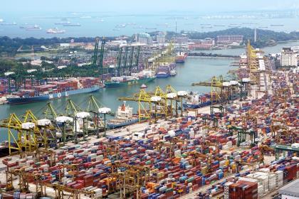 Внешняя торговля - предмет тёмный и исследованию не подлежит