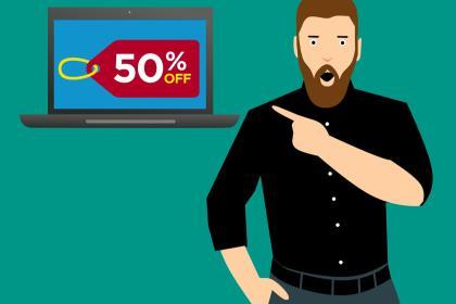 Более половины россиян покупают товары только со скидками