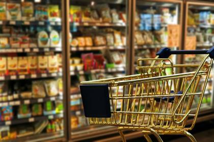 Роскачество проверит соблюдение новых правил продажи молочной продукции