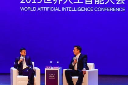 Илон Маск и Джек Ма поспорили о будущем компьютеров