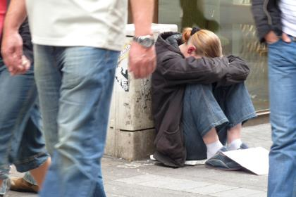 Росстат: уровень бедности в I полугодии вырос до 13,5%