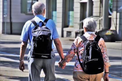 Собянин пообещал поднять минимальную пенсию московским пенсионерам