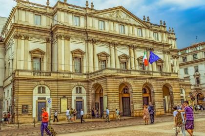 Премьер-министр Италии Джузеппе Конте ушёл в отставку