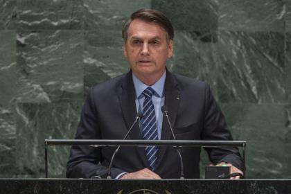 Президент Бразилии: нападки из-за пожаров в Амазонии – проявление колониальных амбиций