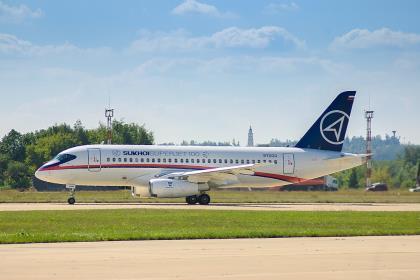 Минпромторг РФ отказался от разработки 75-местных Sukhoi Superjet