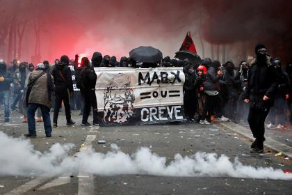 Во Франции идёт 18-й день всеобщей забастовки против пенсионной реформы