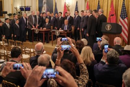 США и Китай подписали торговое соглашение